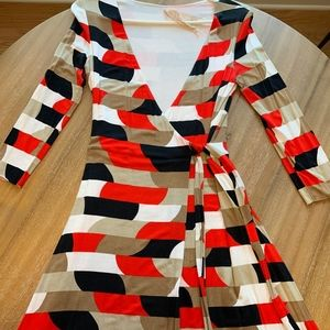 Dresses & Skirts - Black/white/red/tan Wrap dress!